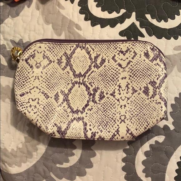 Estee Lauder Handbags - Estee Lauder Makeup Bag